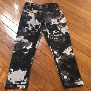 Camo / paint splatter leggings